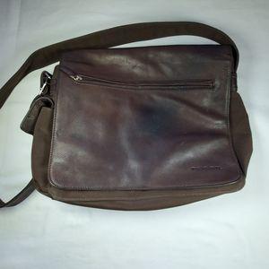 Fossil Leather Messenger Organizer Bag.